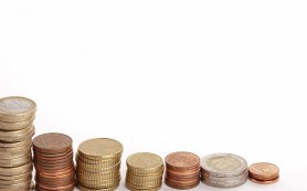 Инфляция 25%, падение экономики 5,5%: Украина на грани финансового коллапса?