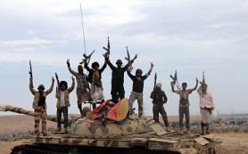 Войска отбили у хуситов аэропорт в Йемене, ООН бездействует