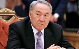 Нурсултан Назарбаев побеждает на президентских выборах в Казахстане
