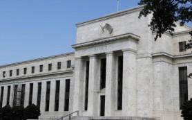 Иностранные банки держат $1 трлн на счетах в ФРС