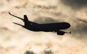 В Шереметьево сел самолет из Пекина из-за подозрения на течь топлива