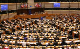 Евродепутат: Евросоюз не примет новые санкции против России