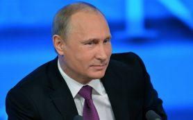 Владимир Путин поздравил Эммануэля Макрона с победой на выборах и подтвердил готовность к сотрудничеству