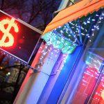 Эксперт рассказал о влиянии новых санкций США на рубль