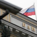 Медведев считает важным сохранить баланс в экономике в условиях санкций