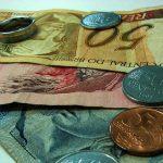 Бразильский реал упал до исторических минимумов к доллару