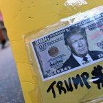 """Американский журнал развеял миф об """"экономическом успехе"""" Трампа"""