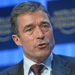 Бывший генсек НАТО предрек Белоруссии войну