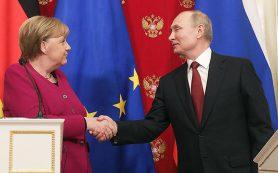 В Кремле заявили об отсутствии в планах Путина беседы с Меркель