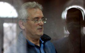 В ОНК подтвердили, что Белозерцев не признает вину в получении взятки