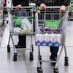 В России ввели постоянный мониторинг цен на основные товары и услуги